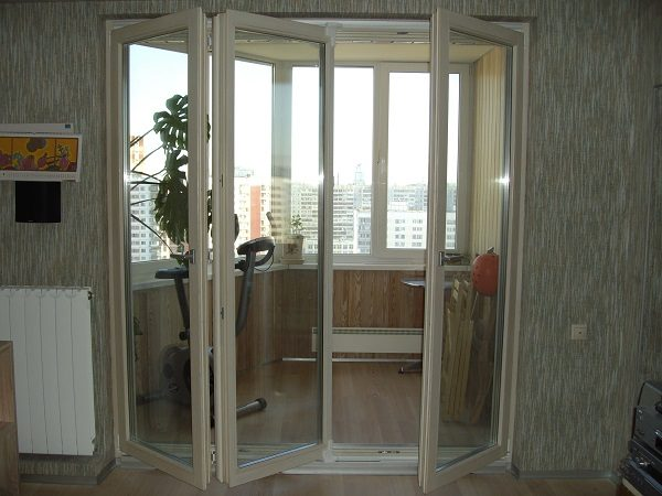 фото: дверь гармошка