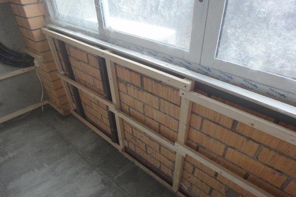 фото: обрешетка под блок хаус на балкон