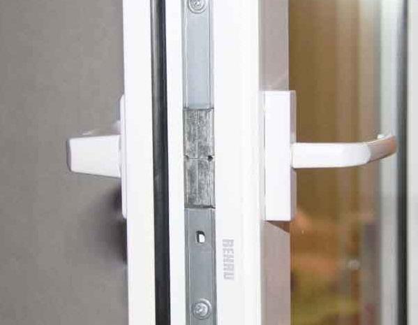 двухсторонняя ручка на балконную пластиковую дверь