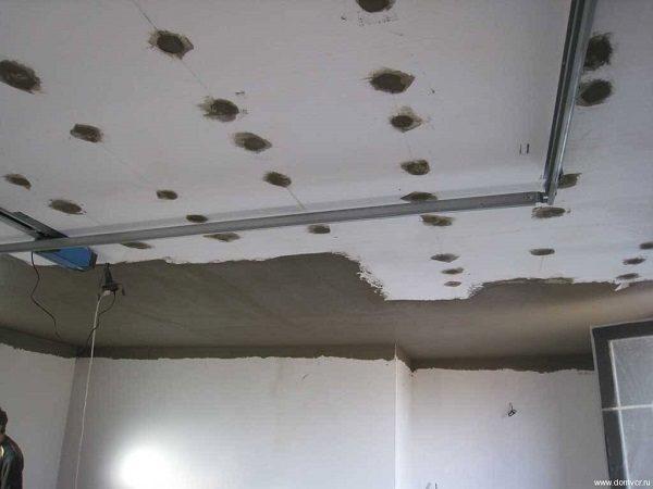 пенопласт шпаклюется на потолке