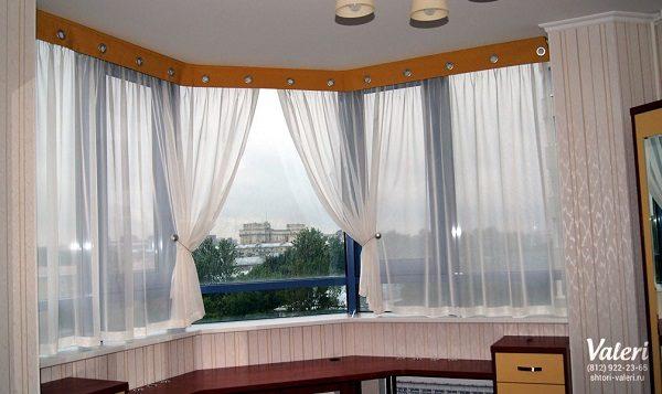 легкие занавески на балкон