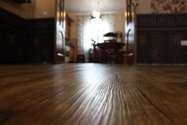 фото: кварцвиниловая плитка