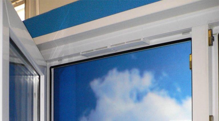 Установить приточный клапан на пластиковые окна