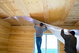 фото: потолок пенофолом