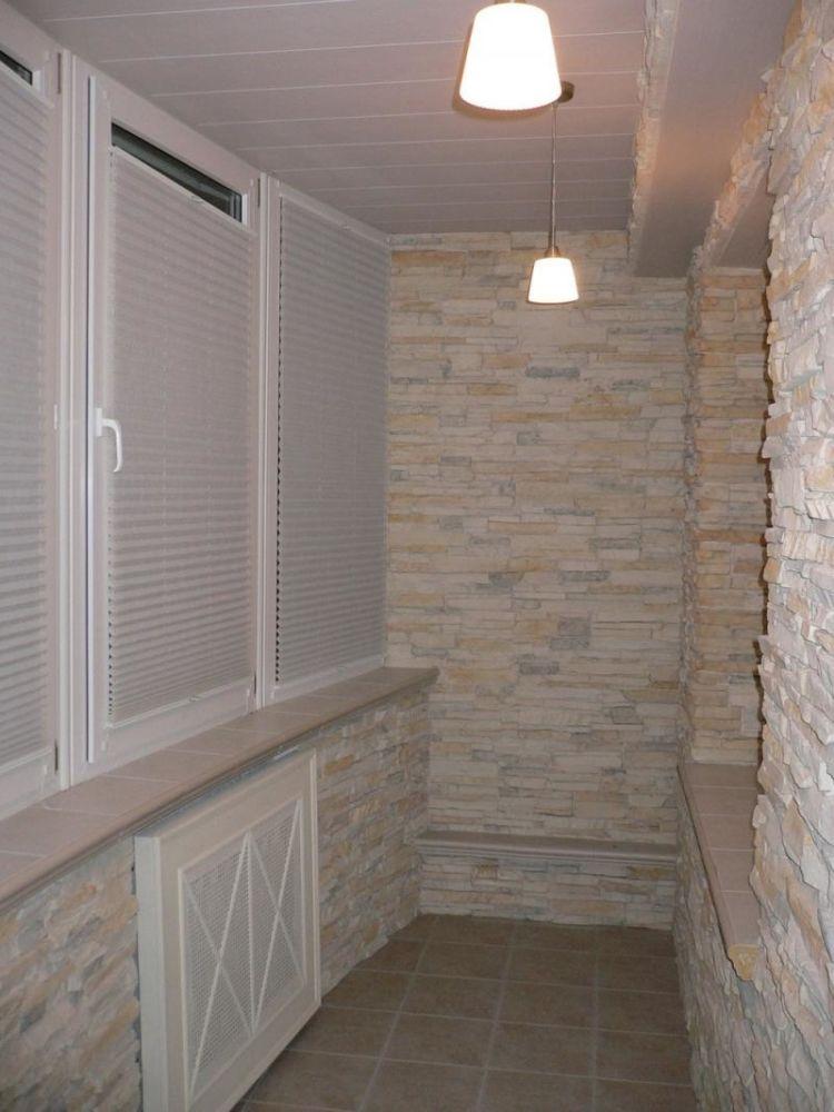 Чем лучше обшить балкон внутри: виды материалов и их особенн.