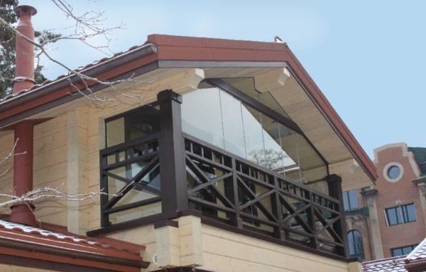 фото: балкон в частном доме