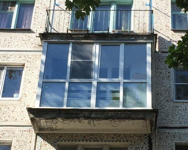 полное остекление балкона