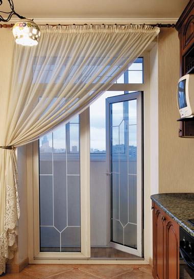 Французские двери на балкон или лоджию: раздвижные, гармошко.
