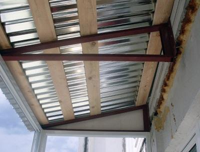 фото: крыша на балкон