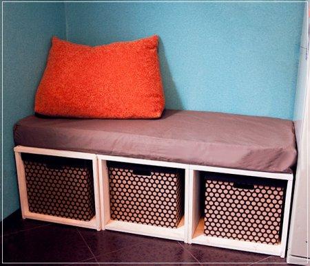 фото: самодельный диванчик с ящиками