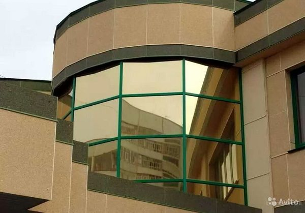 фото: архитектурная пленка на балкон