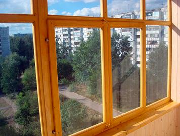 деревянная рама на балкон