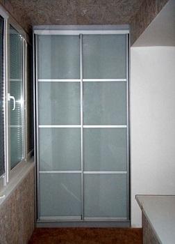 фото: встроенный шкаф купе