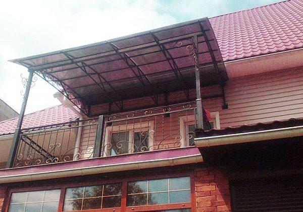 арочный навес на балкон