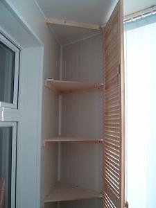 Встроенный угловой шкаф