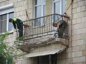 фото: аварийный ремонт балкона