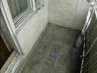 фото: подготовка балконной плиты к ремонту