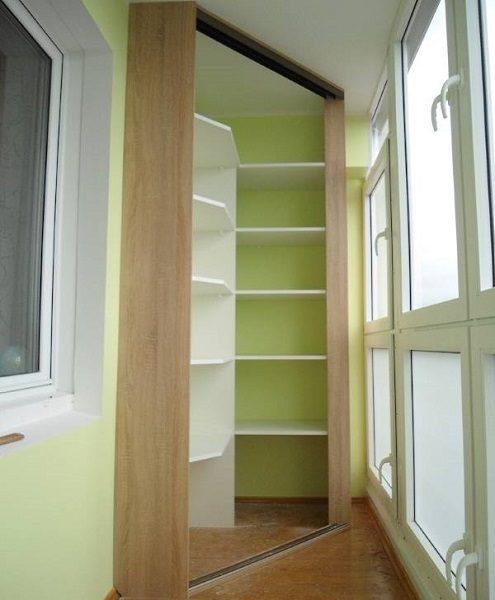фото: угловой шкаф на балкон своими руками