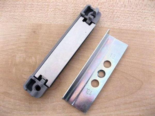 магнитная защелка на пластиковую балконную дверь