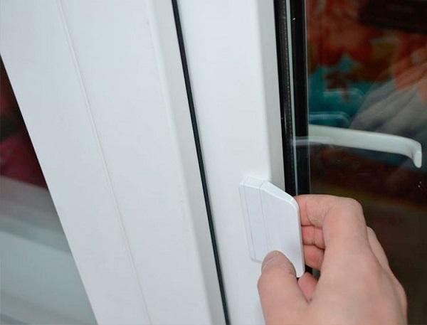 ручка лепесток для балконной двери