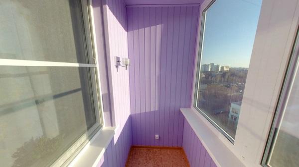 фото:покраска вагонки на балконе