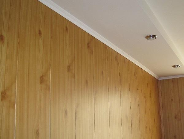 фото: покраска панелей пвх