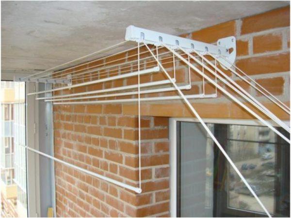 фото: как выбрать сушилку на балкон
