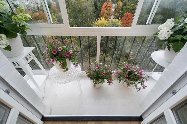 фото: французский балкон в хрущевке