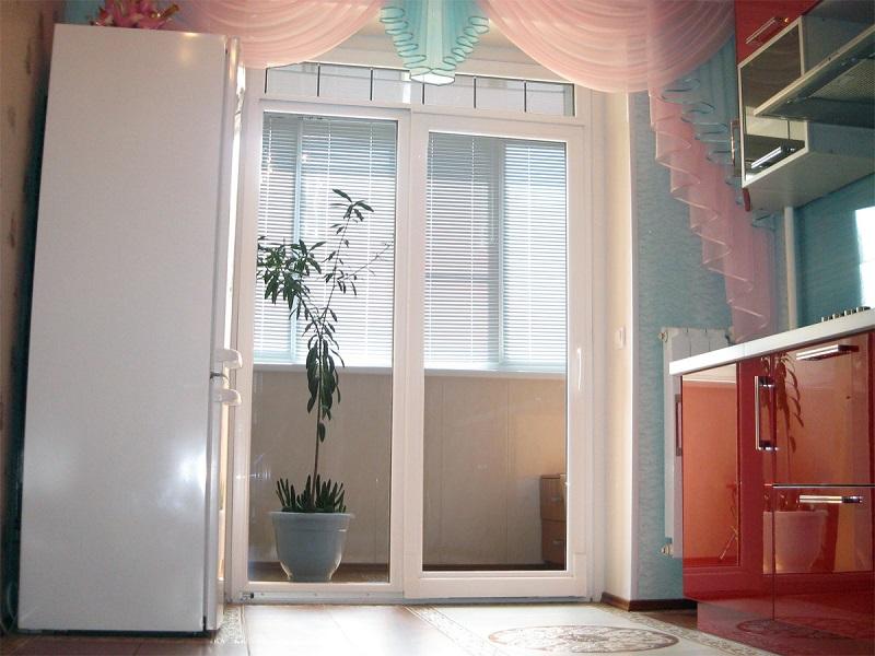 фото: красивые балконные двери
