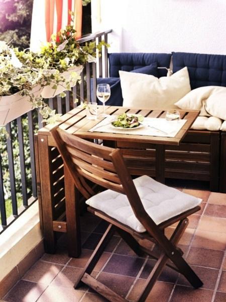 фото: складная мебель на балкон