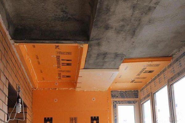 фото: утепление потолка балкона пеноплексом