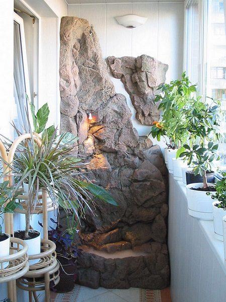 фото: фонтан на балконе