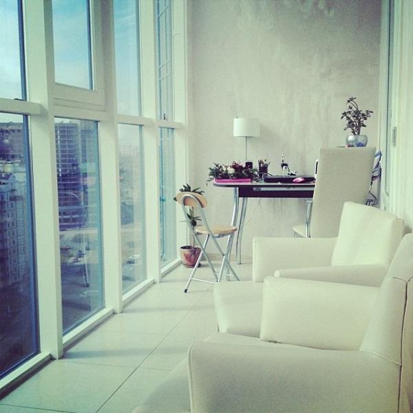 мягкая мебель на балконе