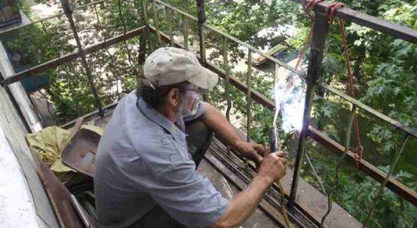 установка ограждения на балкон