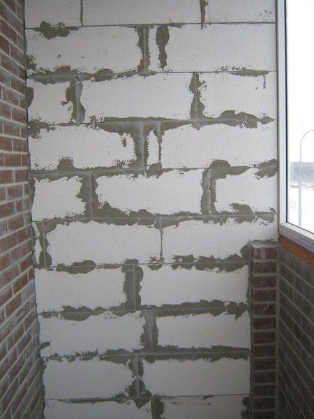 газобетонная перегородка на балкон