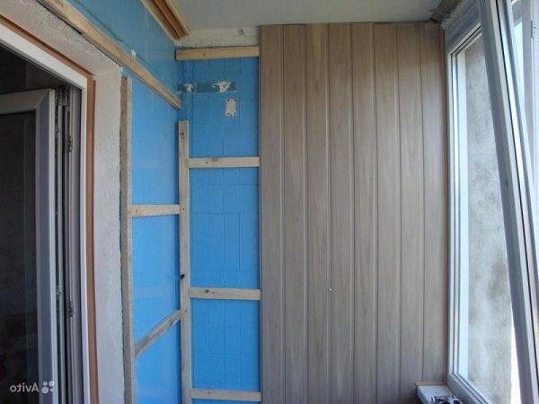 монтаж мдф панелей на балкон