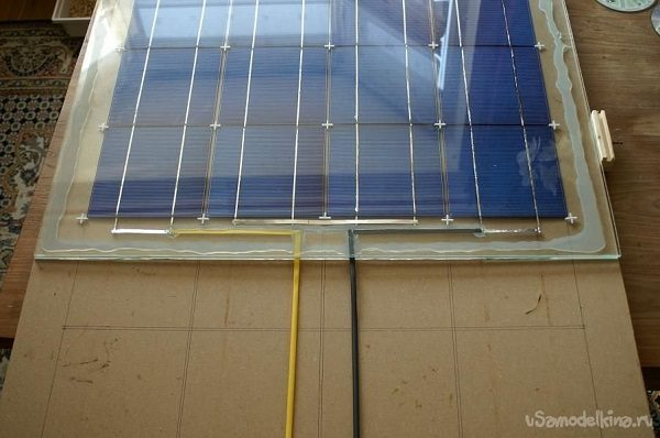 герметизация герметиком солнечной панели