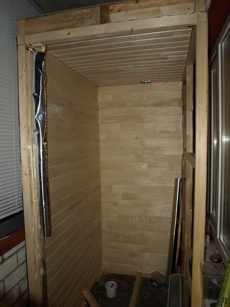 внутренняя отделка сауны на балконе