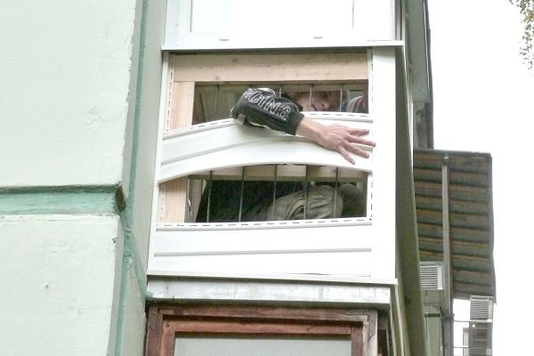 монтаж сайдинга на балконе