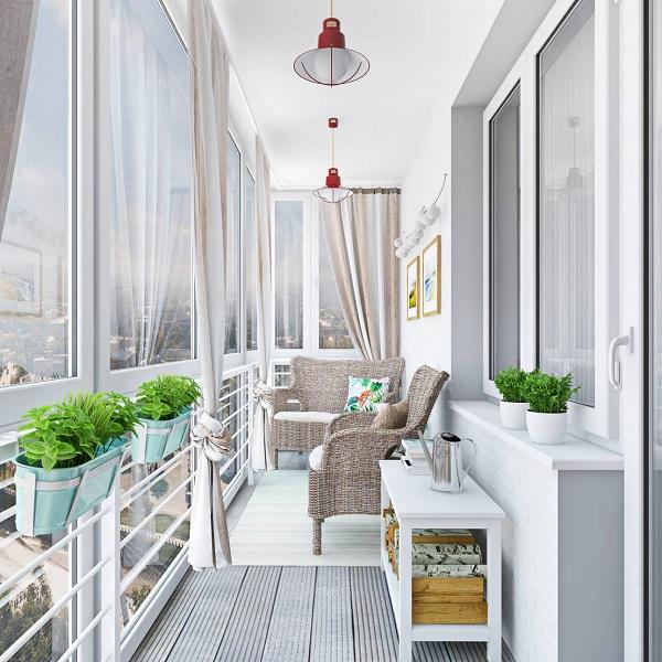 мебель на панорамном балконе