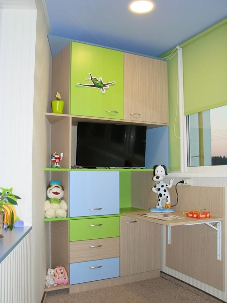 мебель для детской на балконе