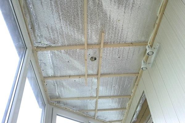 пароизоляция потолка балкона