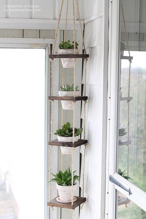 Подвесные полки на веревках на балкон