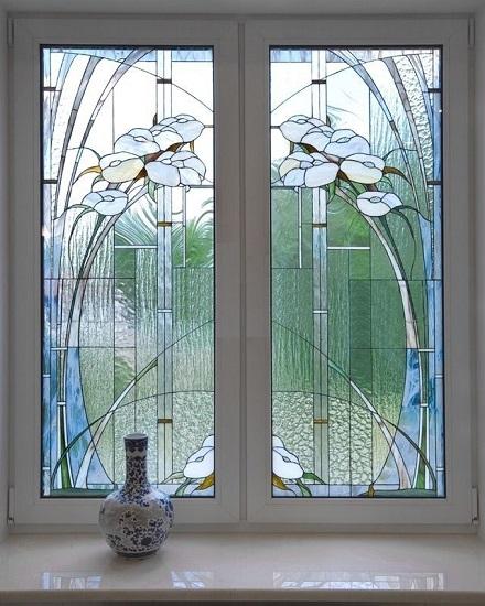 Окна с витражными стеклами