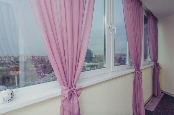 лавандовые шторы на лоджию