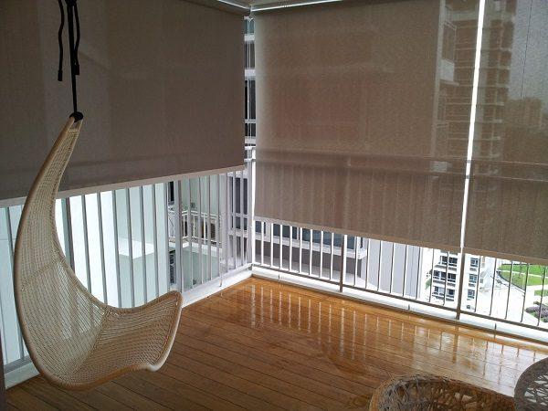 тканевые навесы на открытом балконе