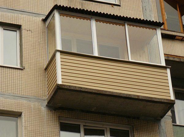отделка балкона сайдингом из алюминия