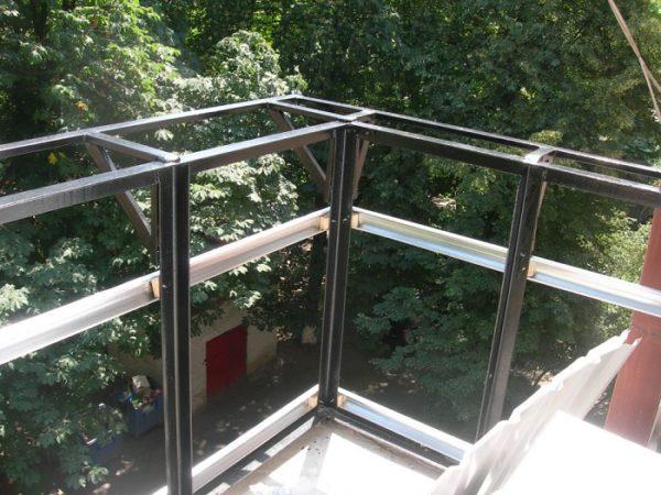 внешняя обрешетка балкона