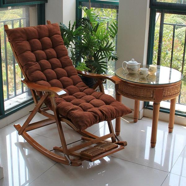 кресло качалка на балкон