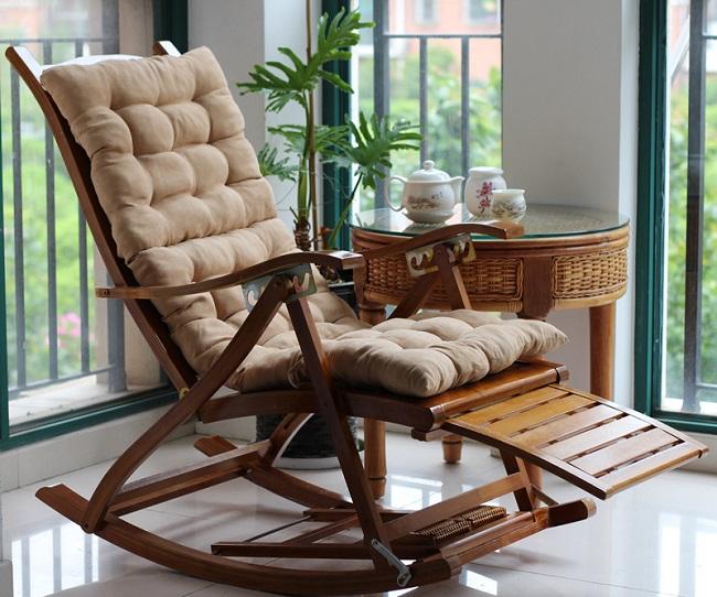 мягкое кресло качалка на балкон